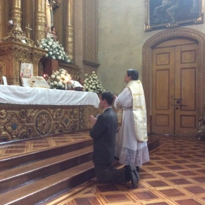 Celebrando en el santuario de la virgen del buen suceso Quito Ecuador