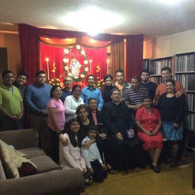 Grupo de fieles tradicionales - Guatemala