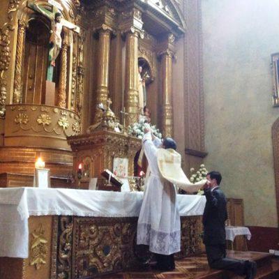 Misa Tridentina Buen Suceso Quito-Ecuador