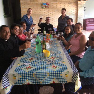 Brindando por el Sacerdocio de Carlos Alfonso Salazar - Ciudad del Este Paraguay