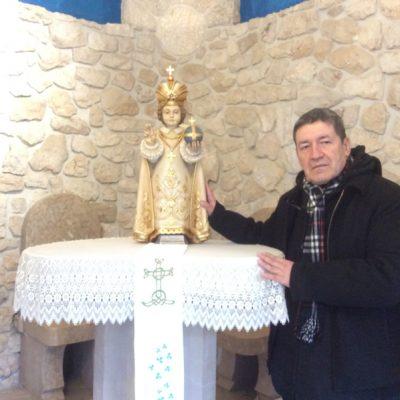 Con el niño Jesús de Praga en Medjugorje